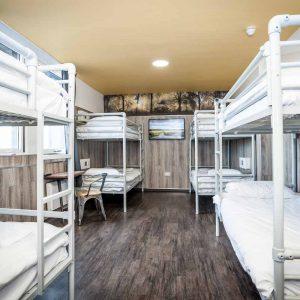 Euro Hostel Glasgow Superior 8 Person Room