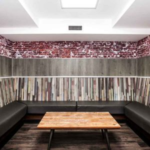 Euro Hostel Liverpool VIP Bunkalow Lounge